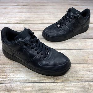 Nike Air Force 1 One '07 Black on Black Low Shoes